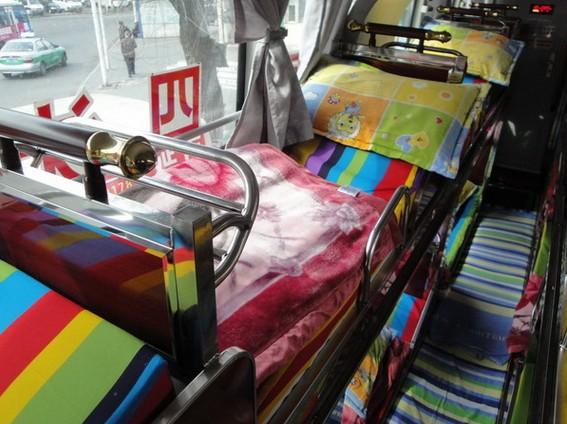 车内床位3-车况-延吉市至黄岛豪华卧铺客车产品分类